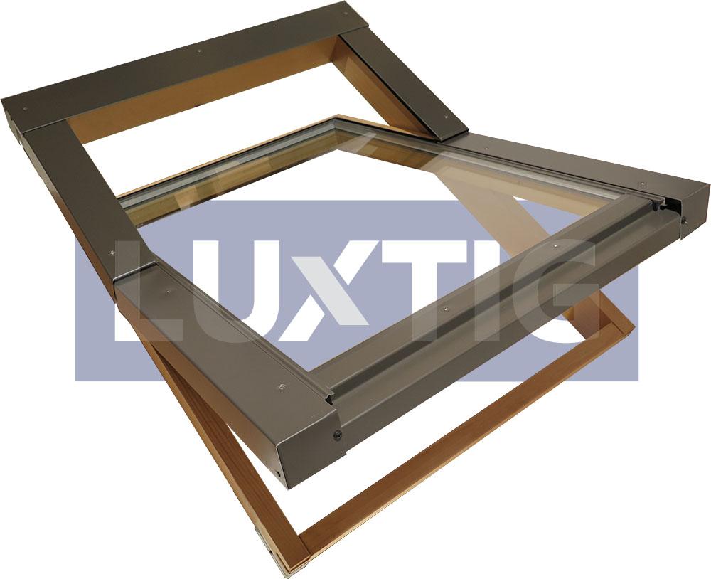 Finestra per tetto lucernario pivot 78x140 apertura tipo for Lucernari tipo velux